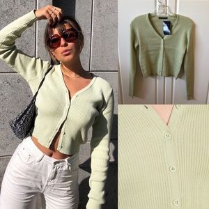 Brandy Melville PASTEL GREEN Shannon Sweater